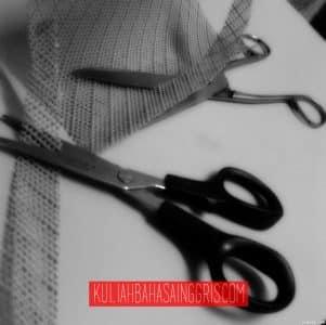 scissors-4f8ac4089b916_hires copy