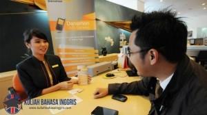 Contoh Percakapan Bahasa Inggris Antara 2 Orang di Bank dan Artinya