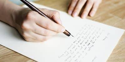 Pengertian,Contoh dan Perbedaan Struktur Surat Resmi (Formal) dan Surat tidak Resmi (Informal)