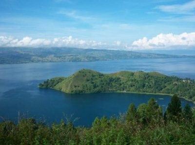 Contoh Descriptive Text Tentang Tempat About Place Danau Toba Dan Candi Borobudur Beserta Artinya