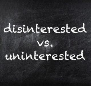 """Pengertian, Perbedaan """"Disinterested vs Uninterested"""" Dalam Kalimat Bahasa Inggris Beserta Contoh"""