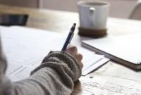 5 Karangan Dalam Bahasa Inggris Terlengkap Beserta Artinya