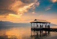 """Contoh Description Text """"Danau Ranau"""" Dalam Bahasa Inggris Beserta Artinya"""