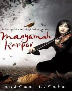 Ringkasa Cerita Novel 'Maryamah Karpov' Dalam Bahasa Inggris Beserta Dengan Arti Lengkap