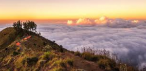 Contoh Descriptive Text'Rinjani Mountain' Dalam Bahasa Inggris Beserta Arti