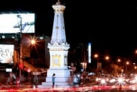 Contoh Menceritakan Keindahan Kota 'Jogjakarta' Dalam Bahasa Inggris Beserta Artinya