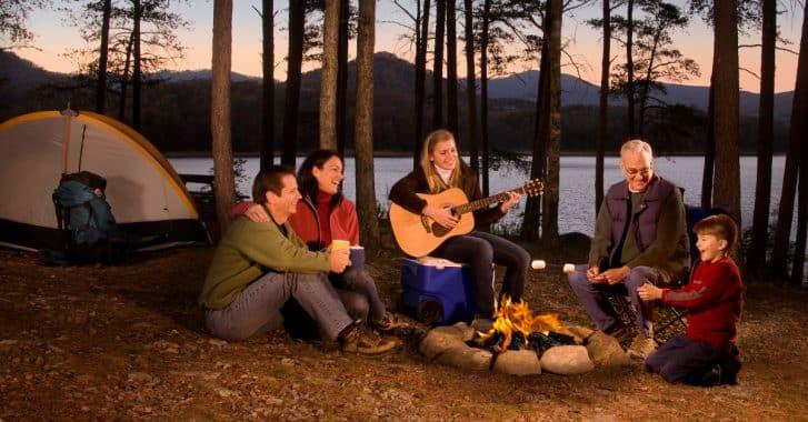 25 Kosakata 'Camping' Untuk SD Kelas 3 Beserta Soal Bahasa Inggris